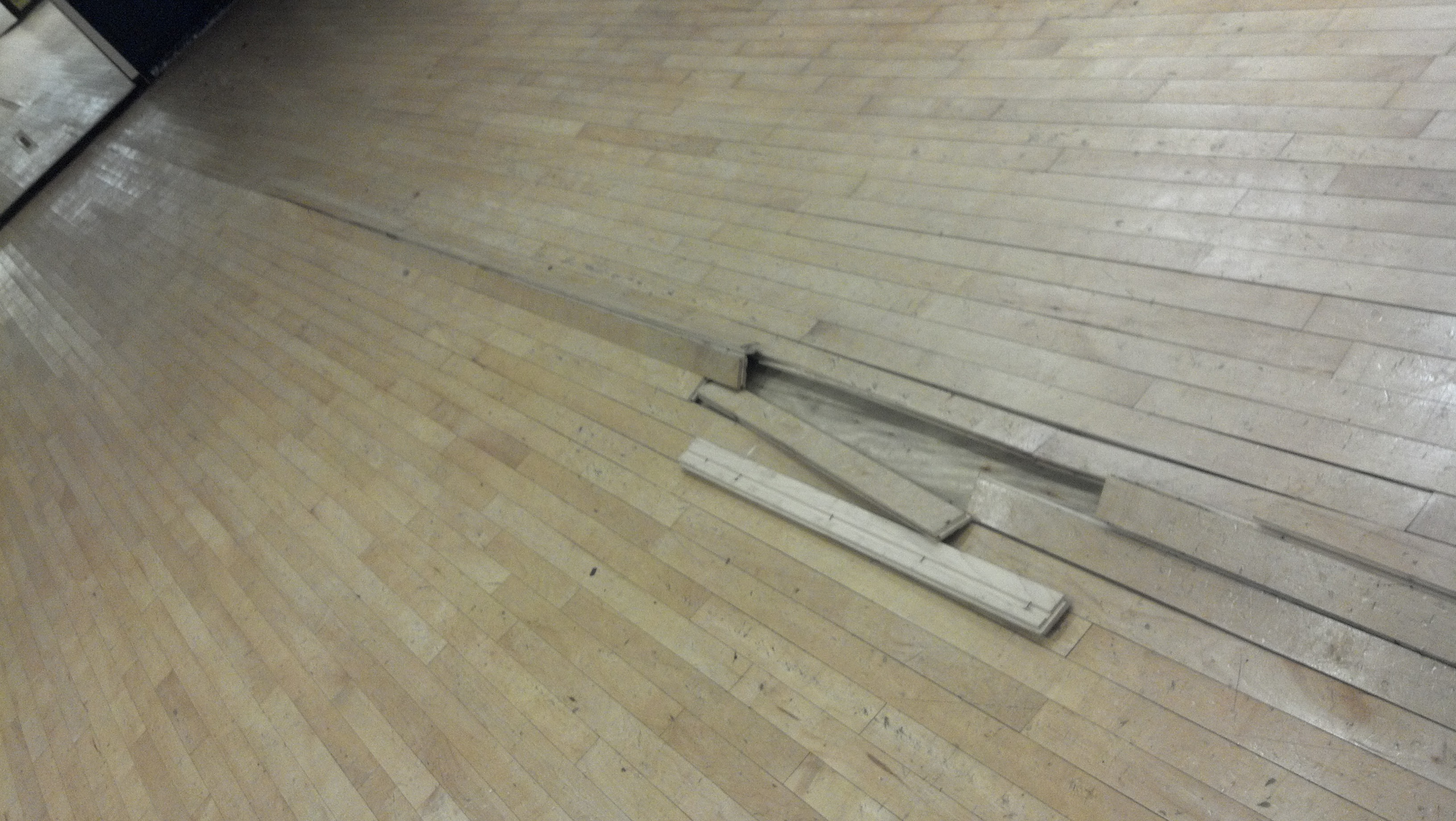 Time to monitor the humidity fitness flooring for Hardwood floors low humidity